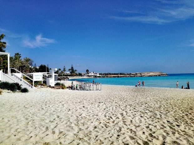 Plaża Nissi na Cyprze