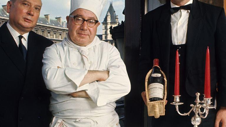 Szef kuchni paryskiej Lapérouse. To jedna z najdłużej działających restauracji na świecie - założono ją w 1766 r. Bywali tu Guy de Maupassant, Emil Zola, Aleksander Dumas i Victor Hugo. W 1907 r. stała się pierwszą, która w przewodniku Michelin otrzymała 3 gwiazdki.
