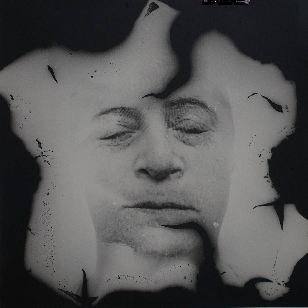 Destrukt III, fotografia czarno-biała / DEPOZYT ARTYSTKI W MUZEUM WSPÓŁCZESNYM WE WROCŁAWIU