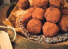 Daktylowe trufle z kakao - ugotuj