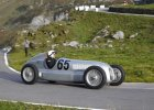 Mercedes wskrzesi� legend�