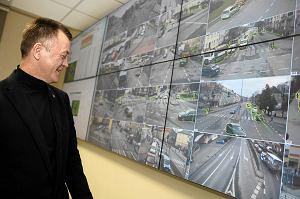 http://bi.gazeta.pl/im/3a/1f/e6/z15081274M,Andrzej-Karwowski--ktory-odpowiada-za-projekt-tram.jpg