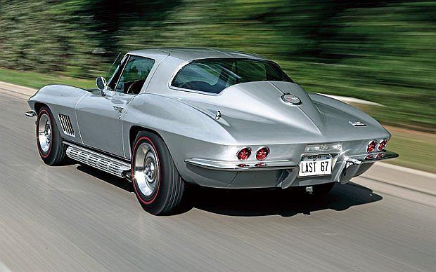 Podczas 24 godzinnego wyścigu Le Mans w 1967 roku wyścigowa Corvette C2 uzyskała prędkość maksymalną 276 km/h