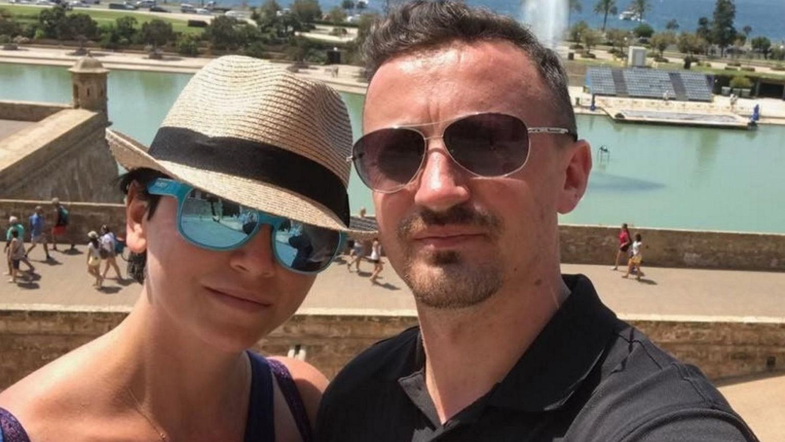 Adam Małysz Z żoną Izą Na Majorce Żona Skoczka W Bikini