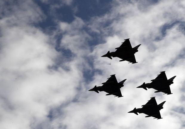 Hiszpania: Po paradzie wojskowej rozbił się myśliwiec Eurofighter