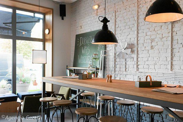 Zdjęcie numer 4 w galerii - Główna Osobowa to nowe miejsce w centrum Gdyni łączące restaurację z koktajl barem