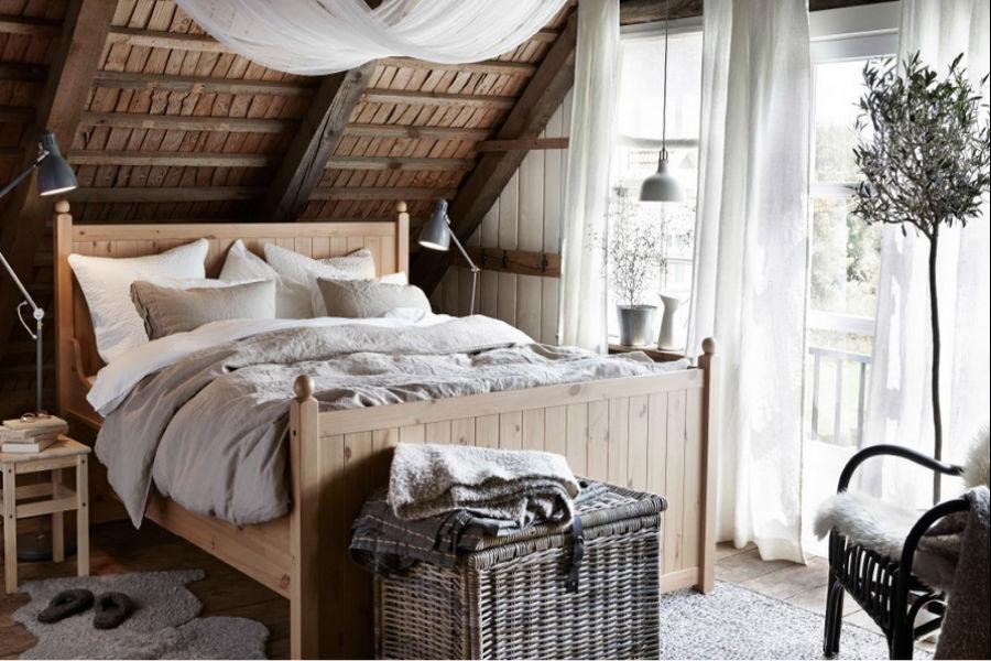 Sypialnia Na Poddaszu Przytulna I Funkcjonalna