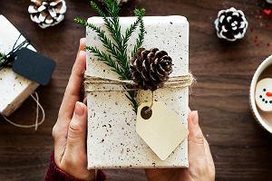 Co kupić podróżnikowi? Sprawdzone pomysły na świąteczne i mikołajkowe prezenty