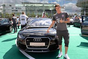 Robert Lewandowski wjeżdża w nowy sezon za kierownicą Audi