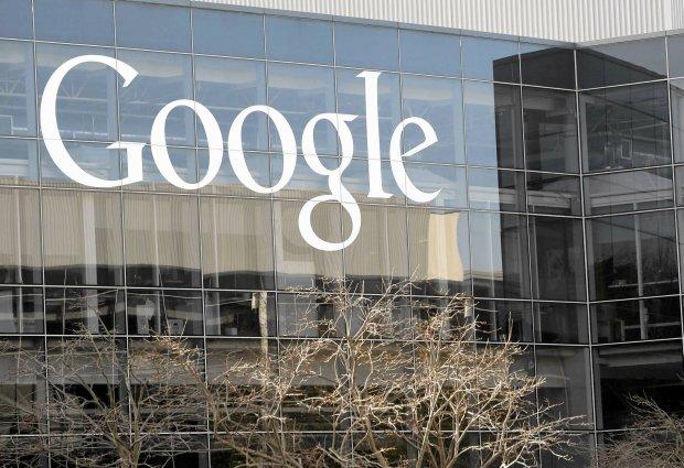 Cztery pioruny uderzy�y w sie� zasilaj�c� centrum Google. Cz�� danych zosta�a bezpowrotnie stracona