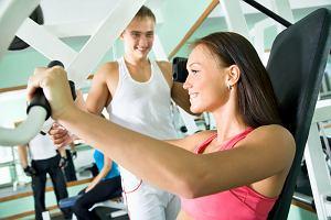Plany treningowe z internetu - ćwiczenia uszyte na miarę