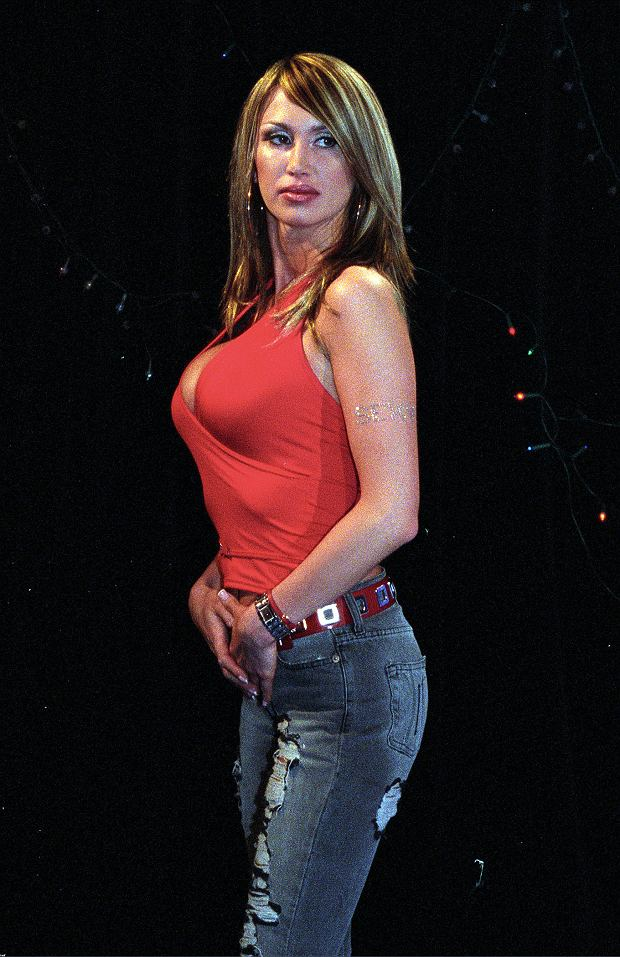 Katarzyna Paskuda naked 15