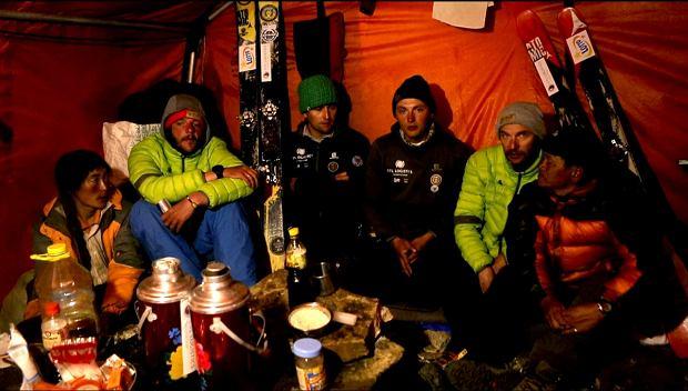 Członkowie wyprawy po zjeździe Andrzeja Bargiela