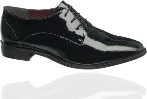 Błyszczące buty
