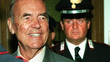 Zbrodniarz hitlerowski Erich Priebke