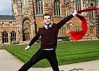 Absolwent Oksfordu do absolwentki Cambridge: Nie ka�da elegancka kolacja prowadzi do korupcji