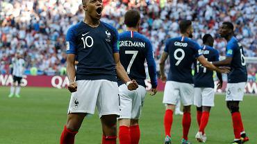 Soccer WCup France Mbappe vs. Henry