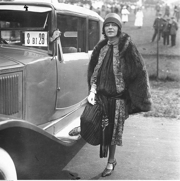 Maria Orska (1893-1930) na zdjęciu wykonanym w Berlinie w maju 1926 r. Nie mogła już wówczas występować bez morfiny, którą aplikowała sobie przed każdym wejściem na scenę.