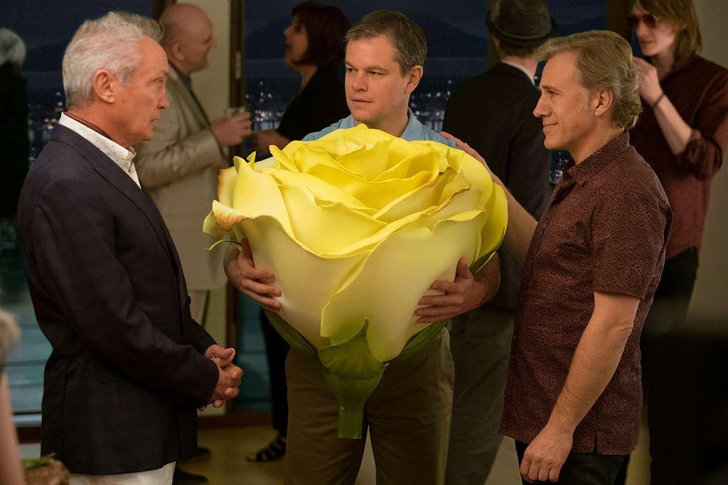 Udo Kier, Matt Damon i Christoph Waltz w filmie 'Pomniejszenie' / Fot. George Kraychyk
