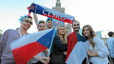 CBOS prosił ankietowanych o ocenę stosunku do 27 narodów i grup etnicznych. Z badania wynika, że Polacy najbardziej lubią Czechów, Włochów, Słowaków i Anglików