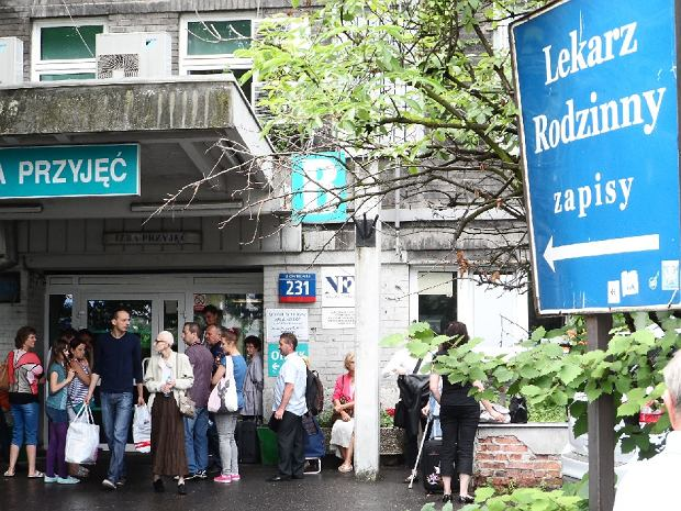 Alarm bombowy w szpitalu im. Or�owskiego na Czerniakowskiej