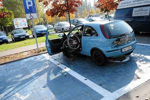 Niepe�nosprawni do kierowc�w: Nie chcia�by� by� na naszym miejscu