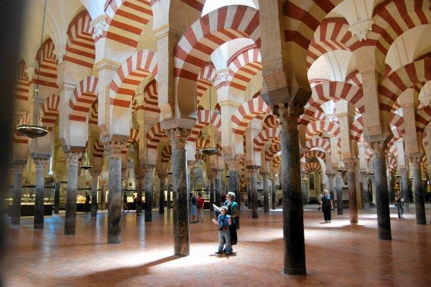Hiszpańska wojna o meczet w Kordobie. Lewica nie chce, by stał się własnością Kościoła