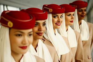 Emirates szuka pracownik�w w Warszawie. Rekrutacja w sobot�
