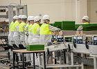 Raport OECD: Polacy lepiej wykształceni, więcej pracują, mniej zarabiają