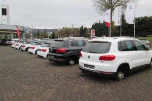 Z�odzieje ukradli 44 nowe ko�a z Audi, VW i Seat�w