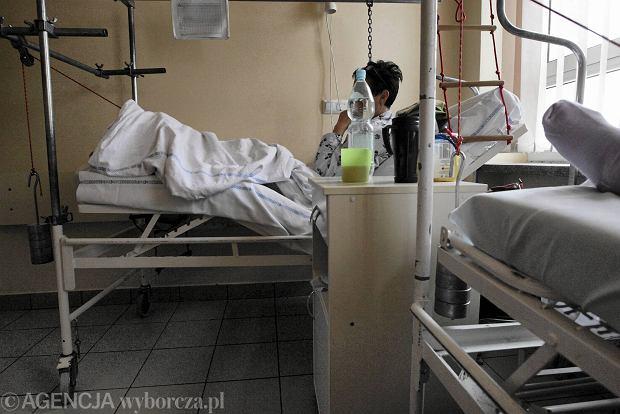 Horror na ortopedii. Nawet tydzie� czekania na operacj�