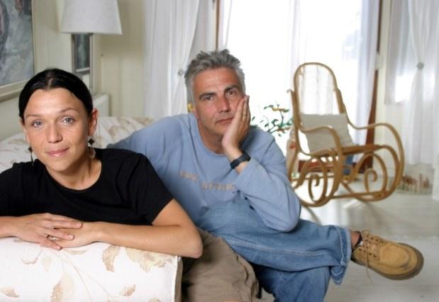 10.09.2004 Warszawa n/z Joanna Kos Krauze i Krzysztof Krauze w swoim domu  fot. Rafal Latoszek/FOTONOVA