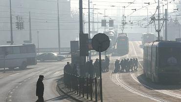 Pył w powietrzu w środowy poranek w Szczecinie