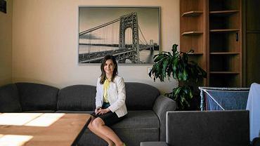 Walentina, wynajmuje turystom mieszkanie przez platformę AirBnB