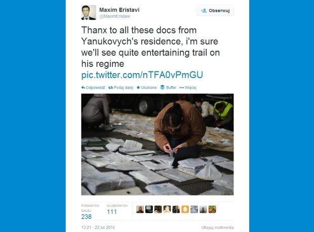 Na terenie posiad�o�ci prezydenta Janukowycza znaleziono znaczne ilo�ci dokument�w, kt�re wrzucono do rzeki