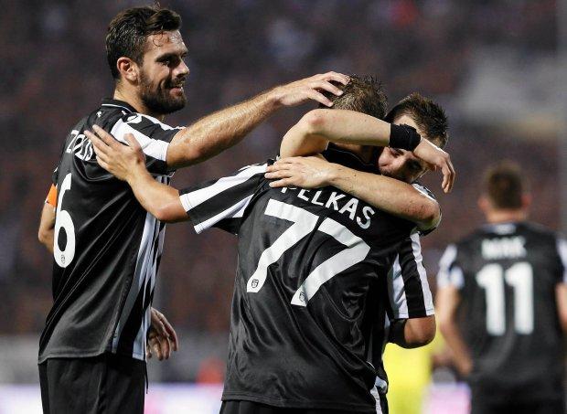 Zdjęcie numer 3 w galerii - Liga grecka. Trener PAOK-u w szpitalu po skandalu w Atenach