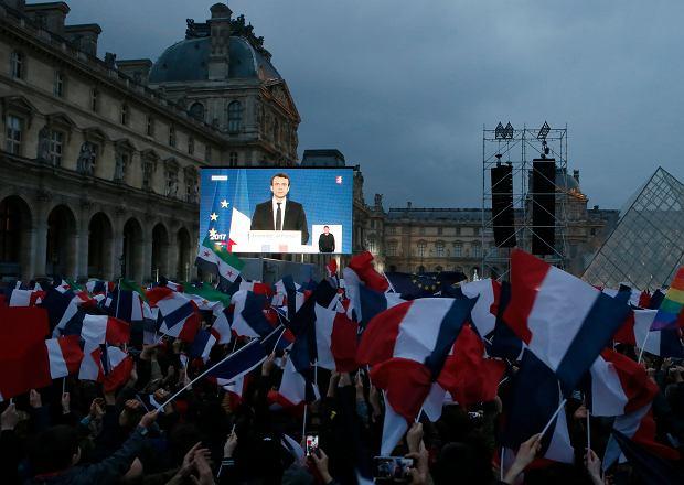 Emmanuel Macron przed Luwrem: Pogodzę was wszystkich, bo chcę jedności naszego kraju