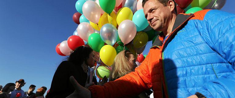 Wybory samorządowe 2018. Trzaskowski pod ostrzałem ws. LGBT. ''Panie Rafale, łamie pan dane słowo''