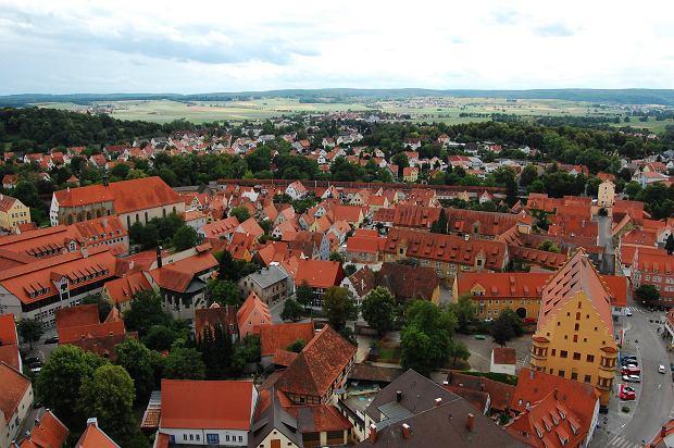 Nordlingen to niemieckie miasto wybudowane w kraterze i stworzone z diamentów