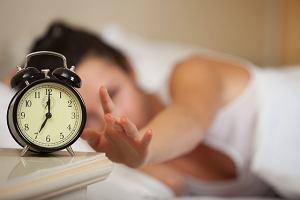 Co to jest zesp� op�nionej fazy snu i jak si� go leczy?