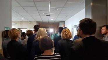 Zgromadzenie krakowskich sędziów pod salą