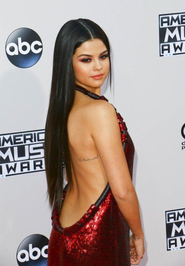 Zdjęcie numer 4 w galerii - Selena Gomez wyglądała CUDOWNIE. Miała powód, bo pojawił się Justin. Najpierw randka, a teraz... O co tu chodzi?!