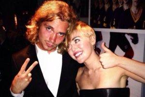 Miley Cyrus, Jesse Helt