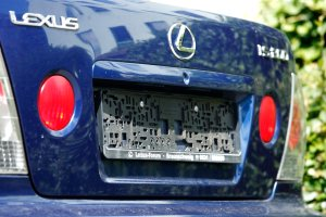 Poradnik | Zgin�y tablice rejestracyjne - co zrobi�?
