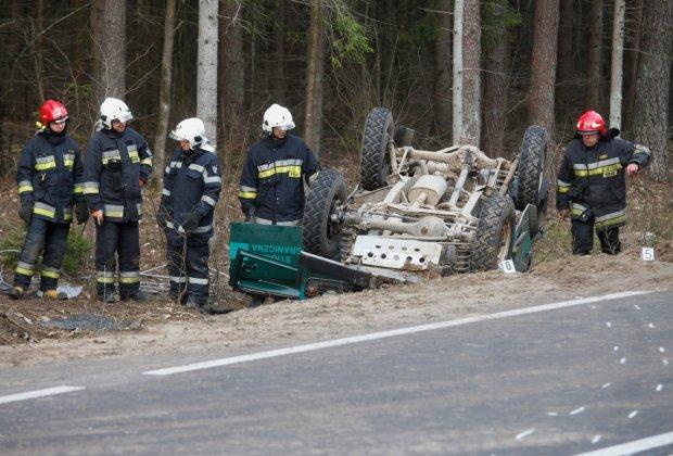 Wypadek samochodu stra�y granicznej. Dziewi�ciu funkcjonariuszy rannych