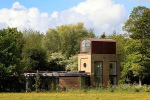 Unikalny dom w wieży ciśnień na południu Anglii do kupienia za nieco ponad 4 miliony złotych