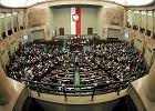 """""""Rz"""": Partie milczą na temat finansów"""