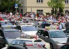 Taksówkarze kontra Uber. Protest pod siedzibą wojewody