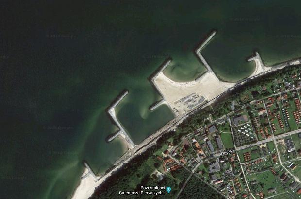 Plaża w nadbałtyckim Jarosławcu robi się coraz bardziej imponująca