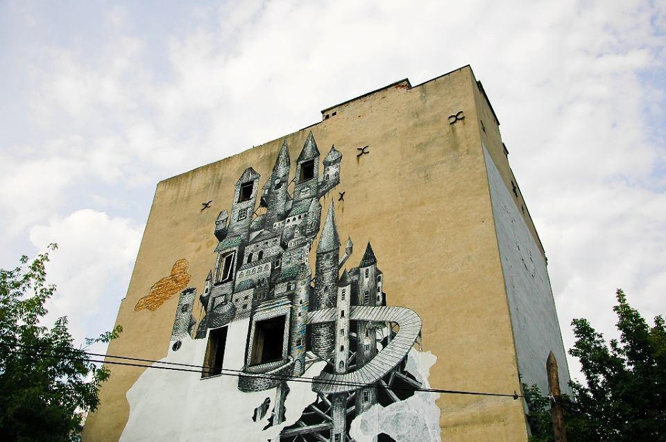 S ynny mural z kamionka zburzony 39 taki ju los street artu 39 for Mural ursynow